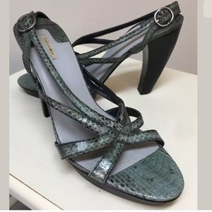 Max Studio Snakeskin Platform Curved Heel sandal 9